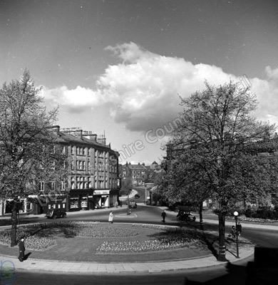Royal Parade & Crown Island, Harrogate